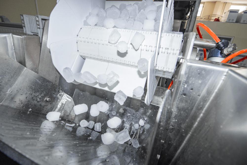Jéggyár: jégkocka gyártása